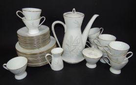 """Kaffeeservice """"Rosenthal"""" für 12 Personen, Form 2000, Gräserdekor, 40 Teile, eine Tasse bestossen,"""