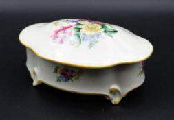 ovale Zierdose, llmenau, florales Dekor, H-6cm B-13cm T-10cm.