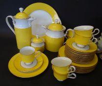 "Kaffeeservice ""Königl.preuss. Tettau"" gelb/weiss, zus. 35 Teile, Tee-Kaffeekanne, Milch-Zucker,"