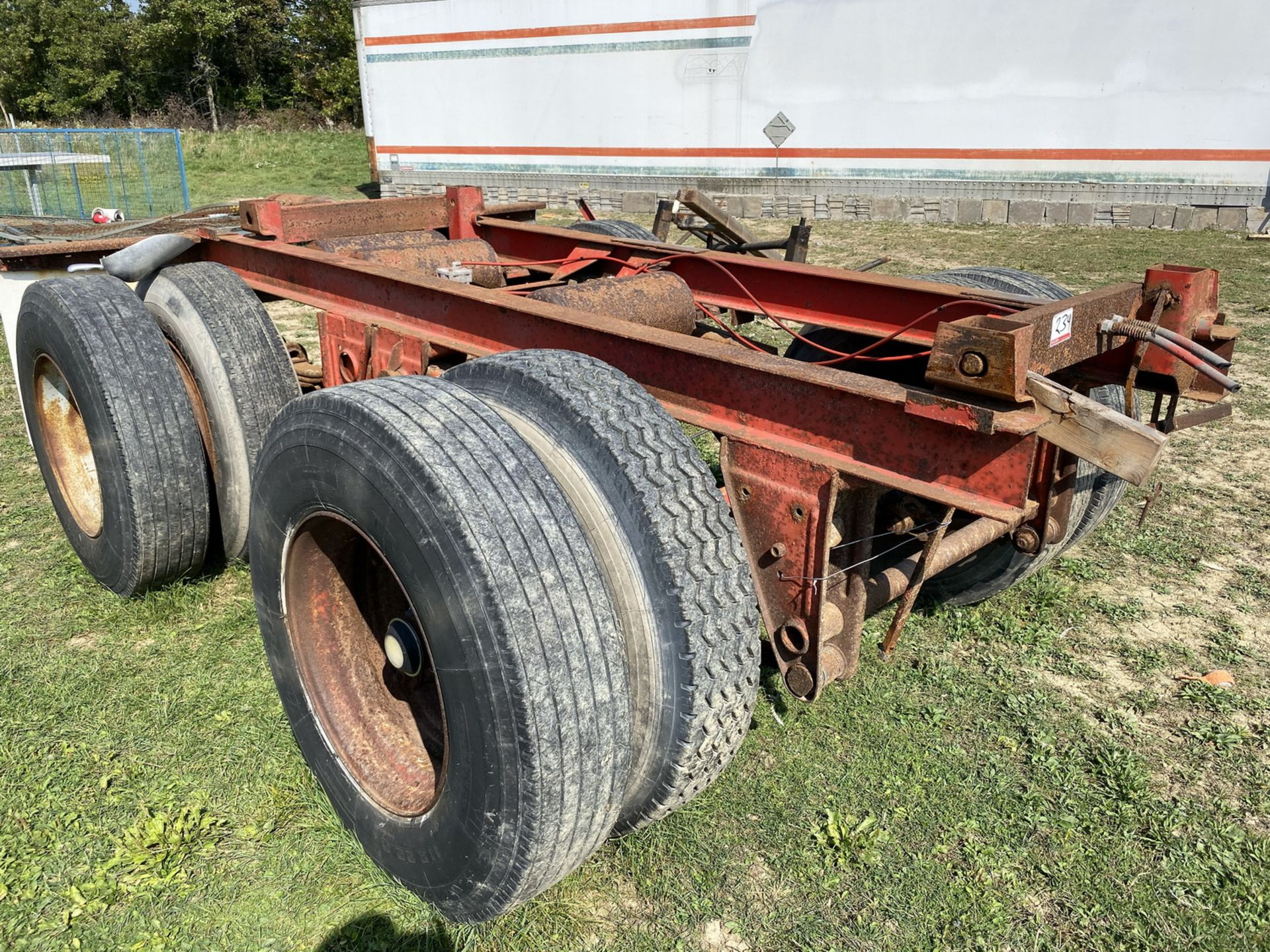 Lot 234 - TANDEM AXLE TRAILER CHASSIS (LOCATED AT 680 GLOVER ROAD, HANNON, ONTARIO)