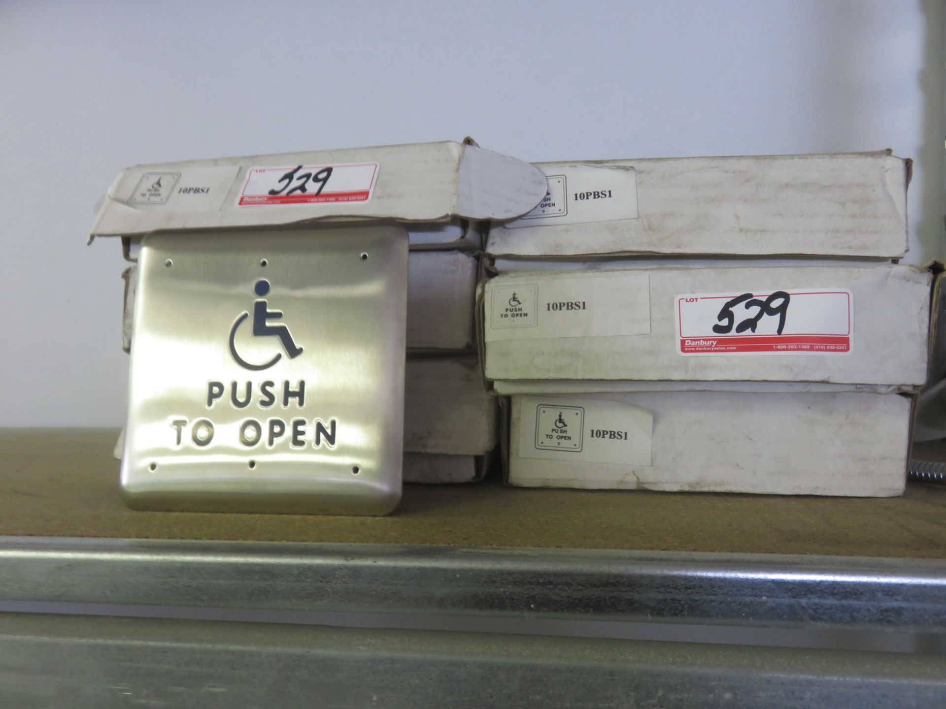 Lot 529 - LOT - WHEELCHAIR PUSH TO OPEN SWITCHES (6 UNITS)