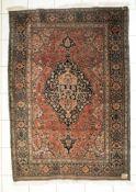 Ferrahan, alt, Persien, um 1900ein Teppich aus der Sarugh-Familie, als Hauptmuster zeigt diese