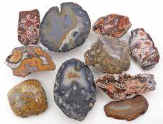 Konvolut angeschliffene Mineralien.Dabei Achat, u.a.