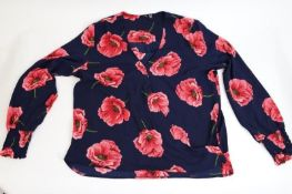 Women's clothing from a major high street retailer. Inc. tops, jumpers and shawls.