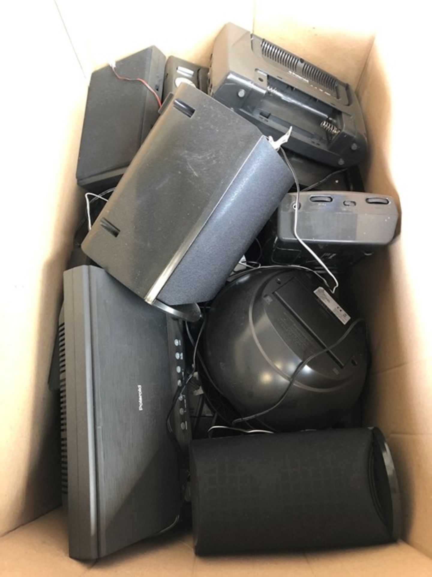 Lot 13 - 1 LOT TO CONTAIN APPROX 15 ASSORTED ELECTRICALS, INCLUDES RADIOS, ONN BOOMBOXES, CD MICRO SYSTEMS,