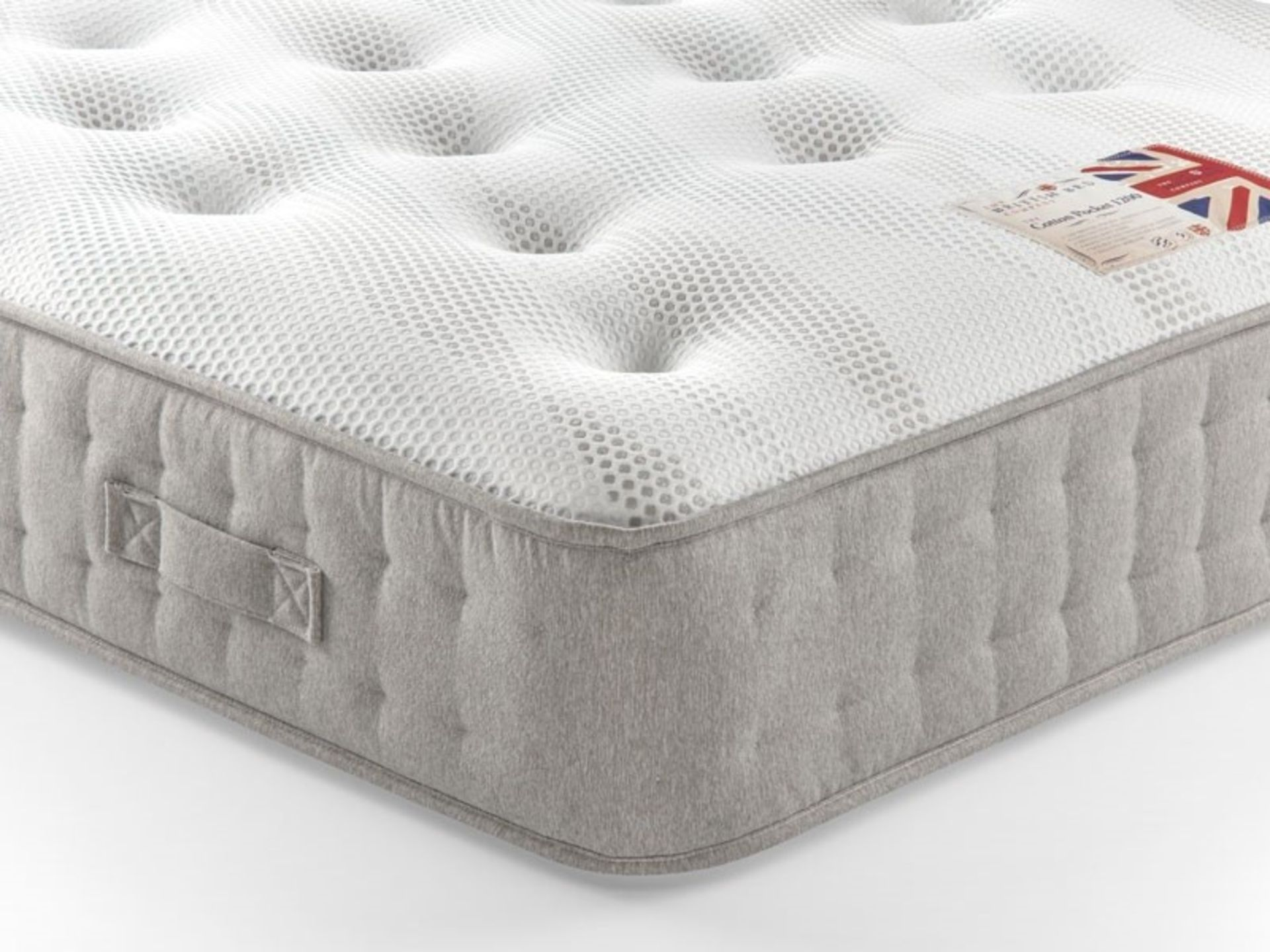 Lot 114 - 1 GRADE B BAGGED THE BRITISH BED COMPANY COTTON POCKET 1400 CHENILLE POCKET SPRUNG DOUBLE MATTRESS -