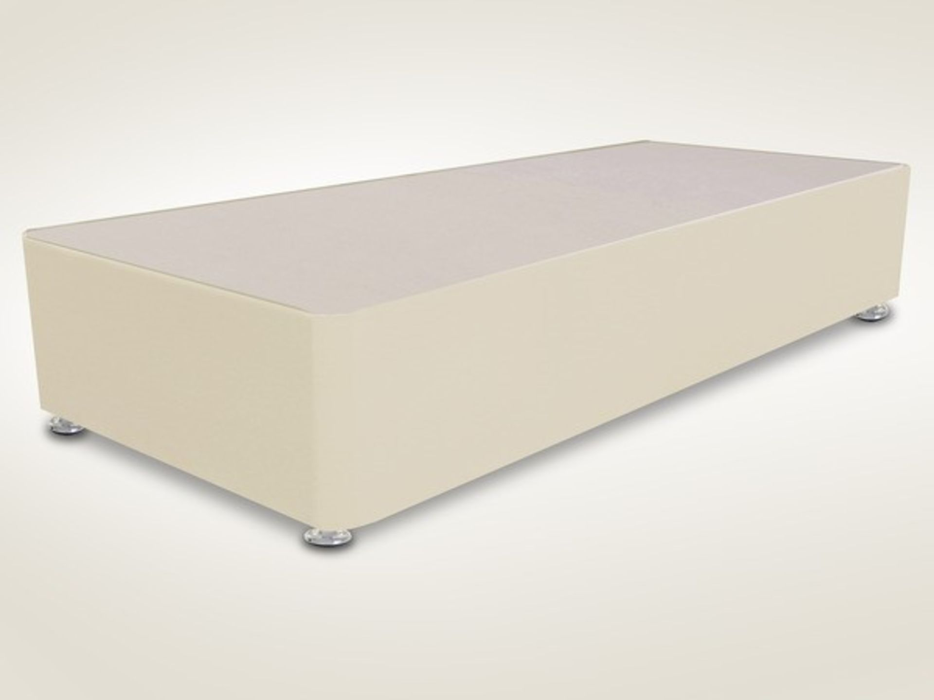 Lot 122 - 1 GRADE A BAGGED SINGLE DIVAN BED BASE FAUX LEATHER - WHITE - SIZE 3FT / NO DRAWERS / RRP £159.99 (