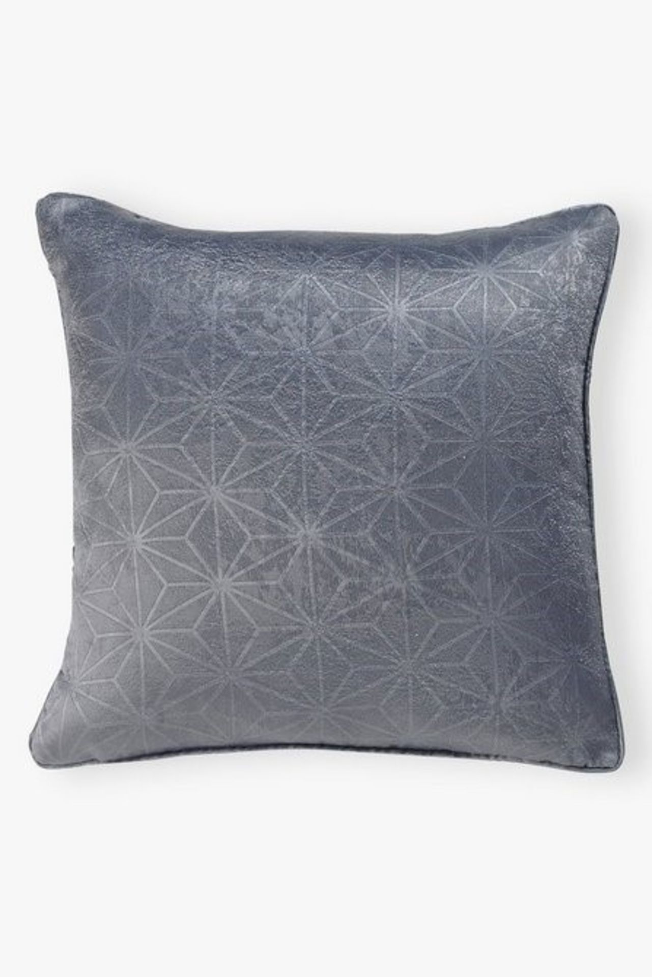 Lot 39 - 1 AS NEW BAGGED GEM CUSHION COVER IN GREY (PUBLIC VIEWING AVAILABLE)