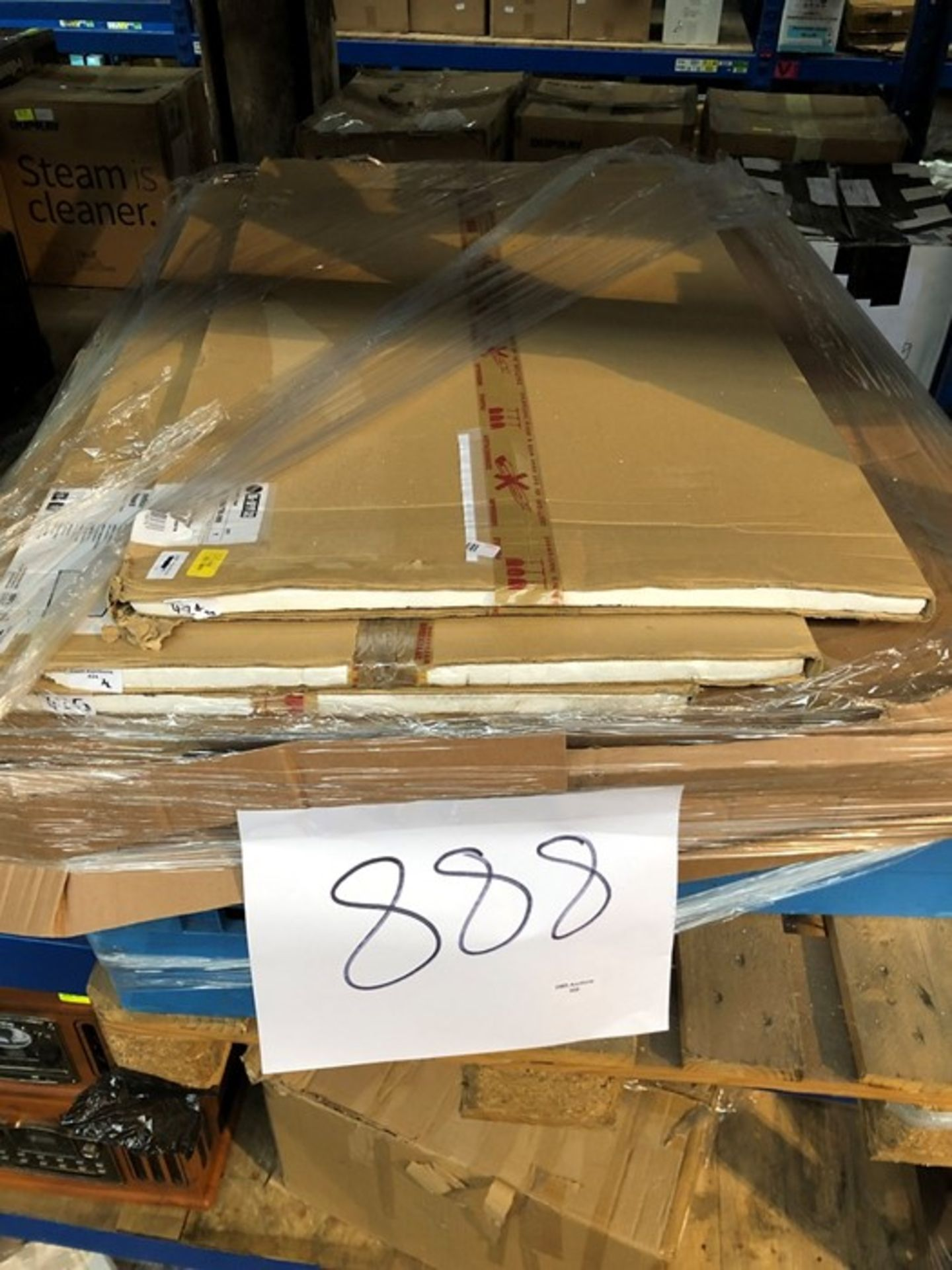 Lotto 888 - 1 LOT TO CONTAIN ASSORTED WHITEBOARDS AND ADVANCE LED LIGHTING SOLUTIONS (PUBLIC VIEWING AVAILABLE)