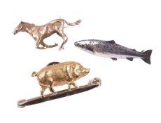 An Edwardian gold pig pin