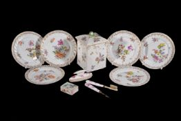 ϒ A selection of mostly German porcelain, various dates 18th/19th centuries