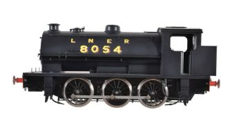 A gauge 1 Sancheng model of an LNER 0-6-0 saddle tank locomotive No 8054