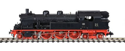 A gauge 1 model of a Märklin Modern Issue catalogue No 5707 4-6-4 DB side tank locomotive No 78474