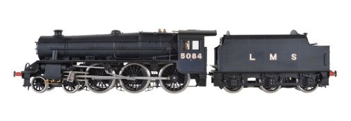 A gauge 1 Bachmann by Finescalebrass model of a 4-6-0 Black Five tender locomotive No 5084