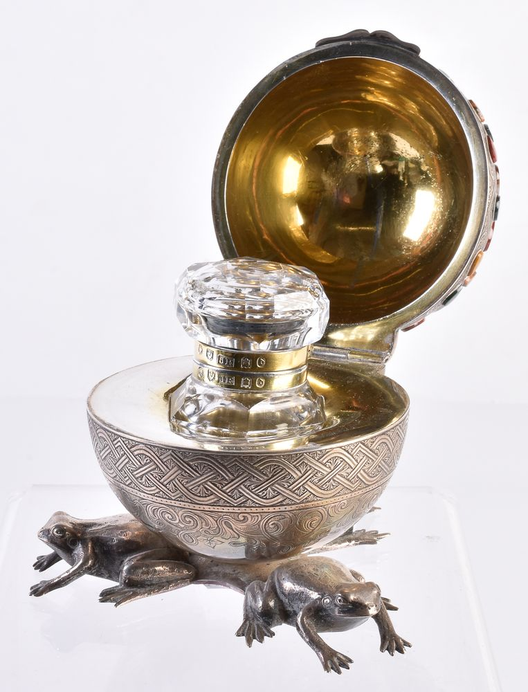 A Scottish Victorian silver, silver-plated, and parcel gilt inkwell - Image 2 of 2