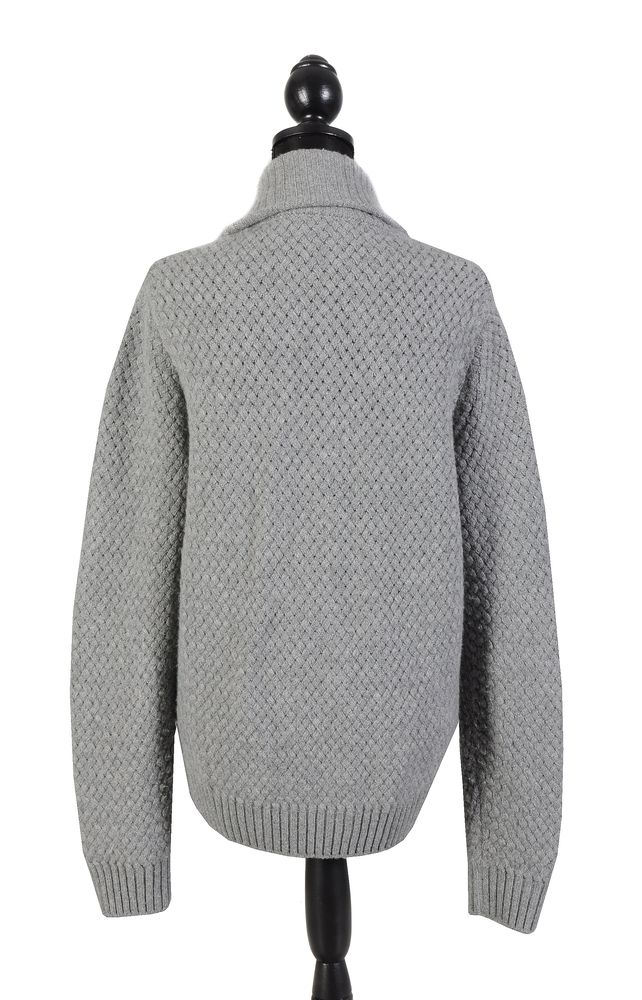 Lot 1113 - Hermes, a grey cashmere cardigan