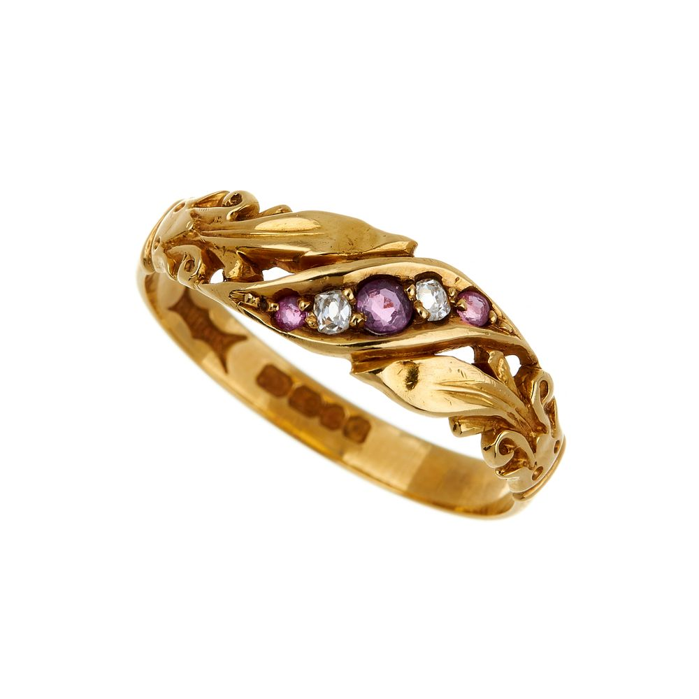 Lot 819 - An 18 carat gold ruby and diamond ring