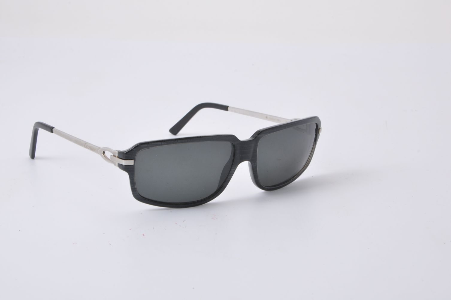 Lot 1122 - Cartier, a pair of sunglasses