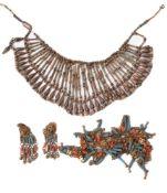 ϒ An Egyptian Revival faience collar necklace