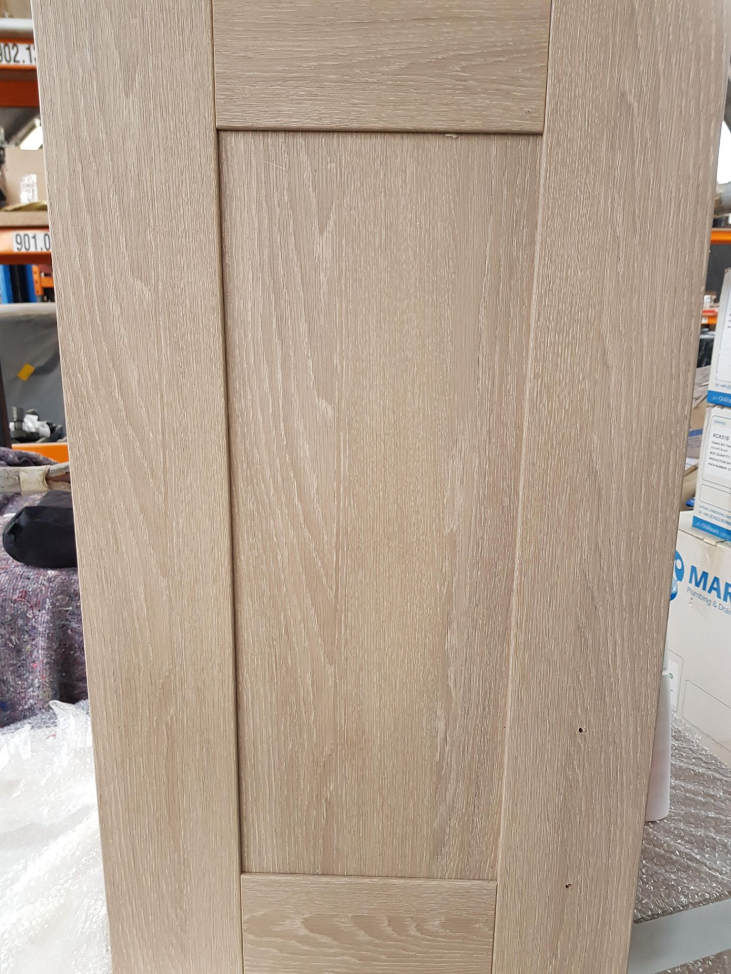 Lot 56 - KITCHEN CUPBOARDS 2 CORNER AND 3 SINGLE WALL UNIT