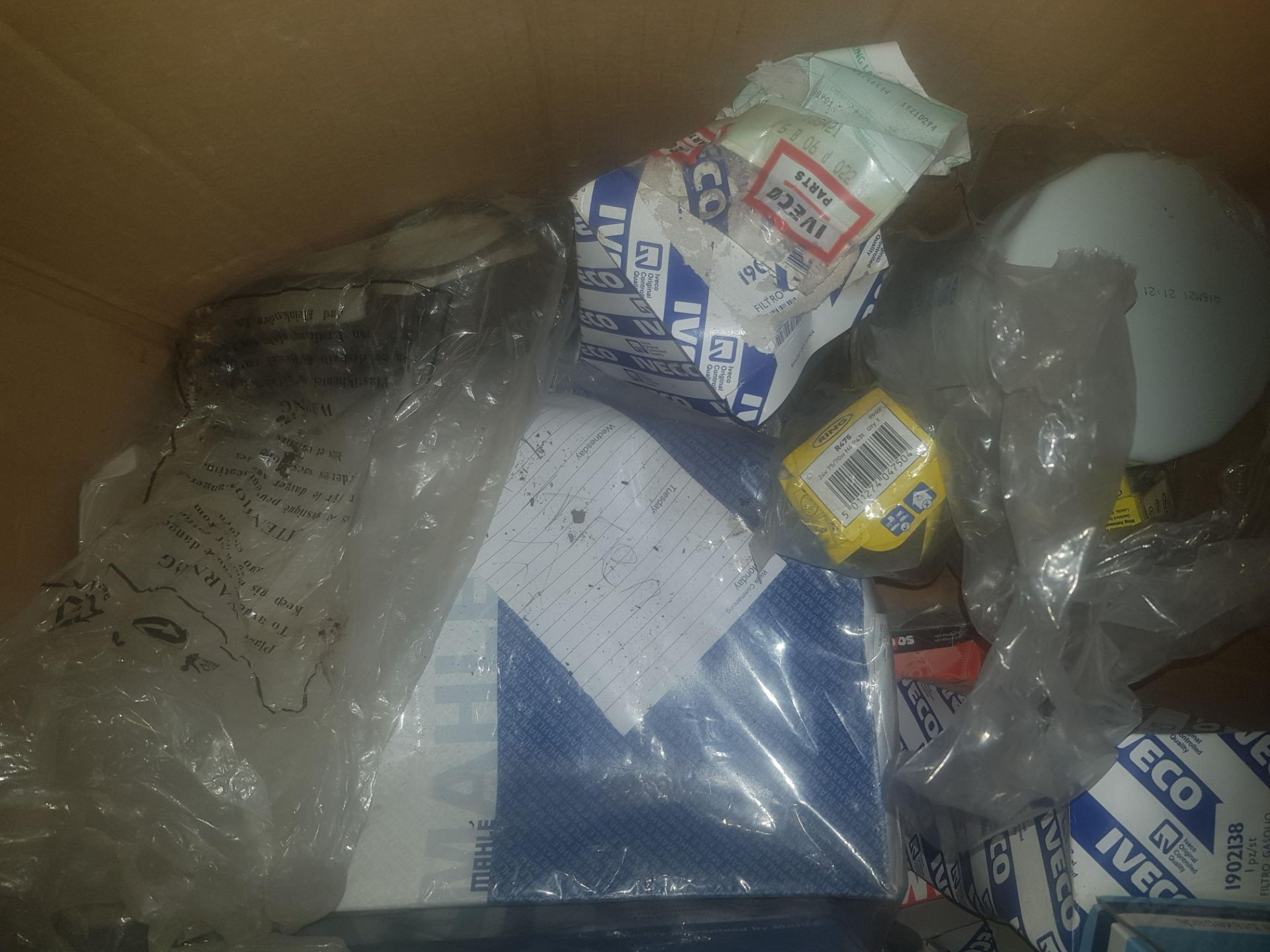 Lot 35 - IVECO AND OTHERS SERVICE PARTS