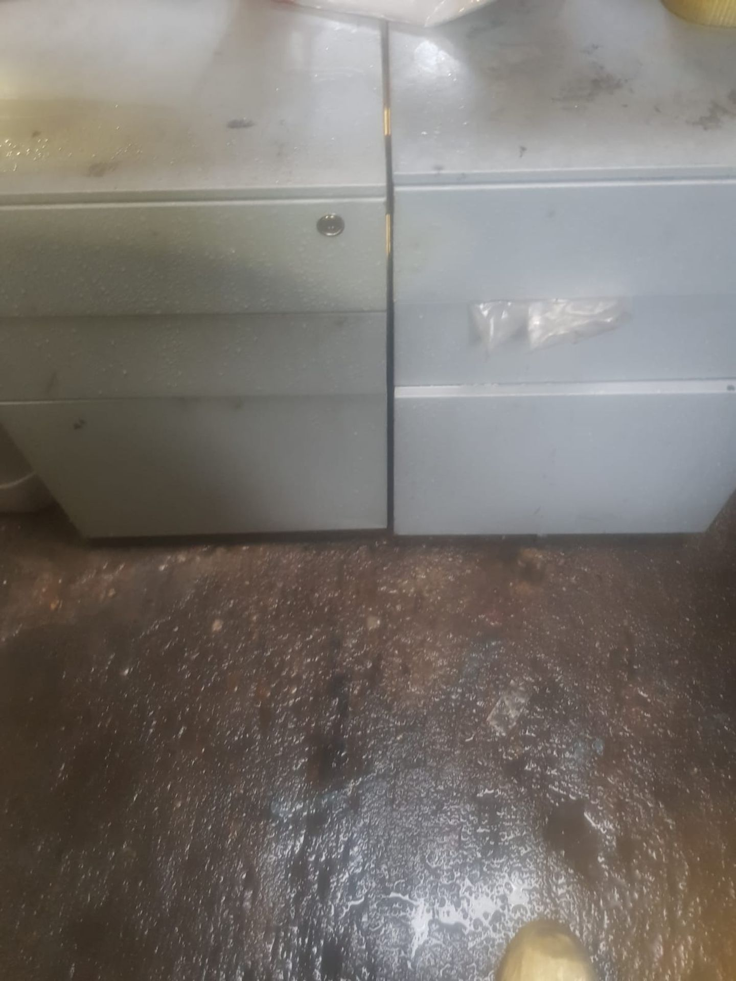 Lot 30 - 2 X 3 DRAW CABINETS WITH PUNCTURE