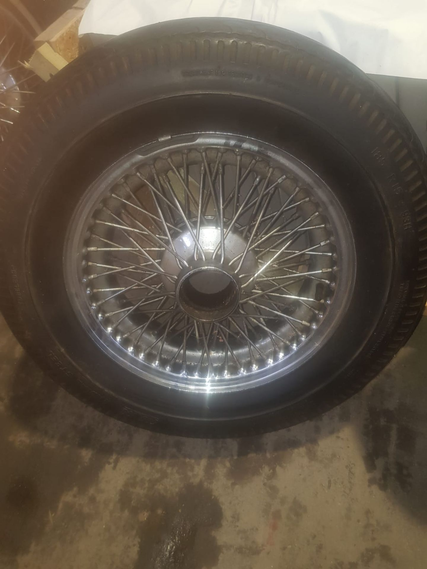 Lot 13 - 2 WIRE WHEELS BELIEVED TO BE FROM A E TYPE JAGUAR 2