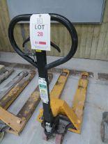 Lot 28 - Unamed Pallet Truck 2500Kg