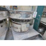 Lot 28 - 900mm diameter vibratory sieve