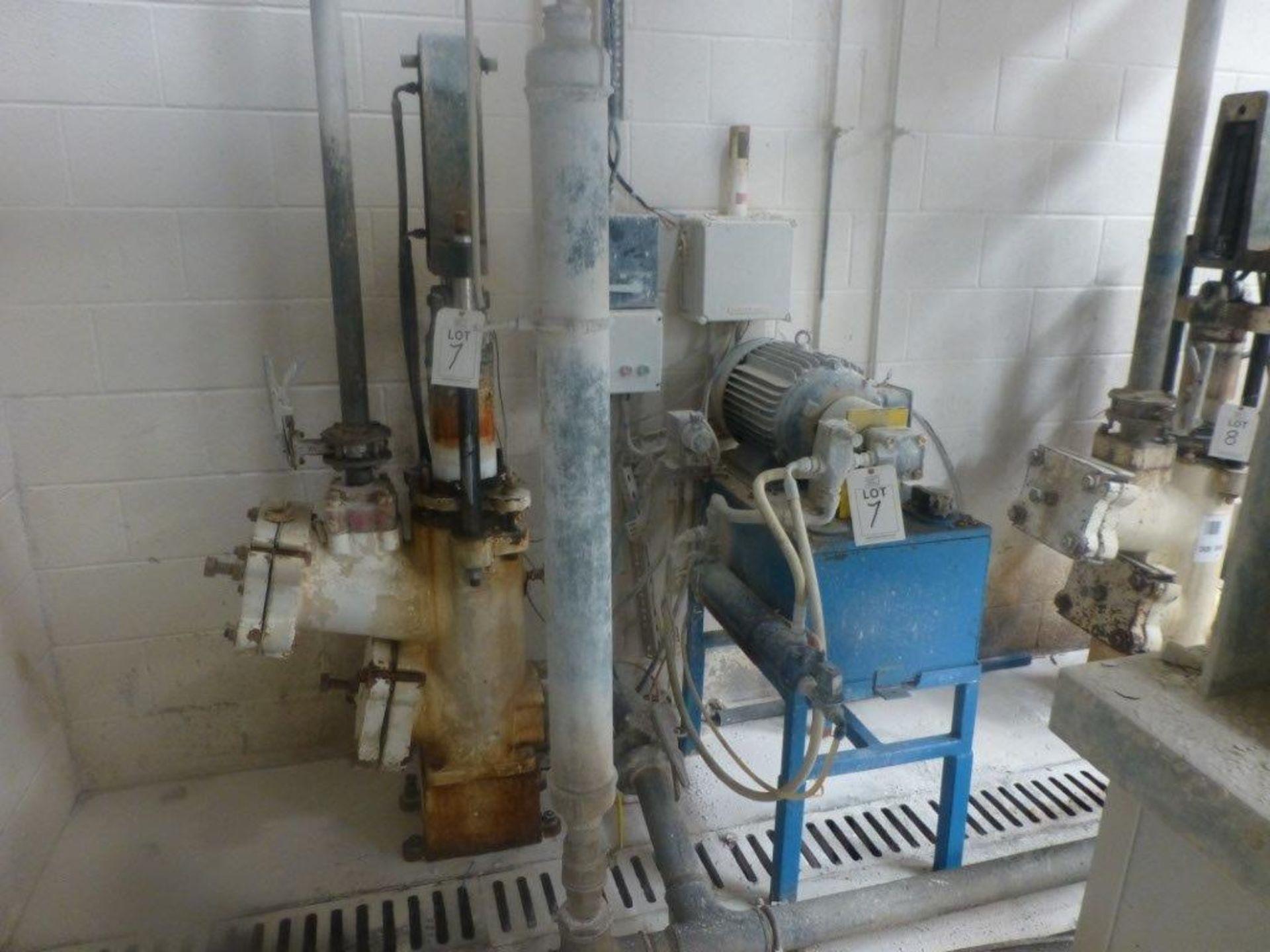 Lot 7 - William Boulton Type No 3 filter press, serial No FS-9409 (1982), Plant No SHP VIT PRESS 1 overall