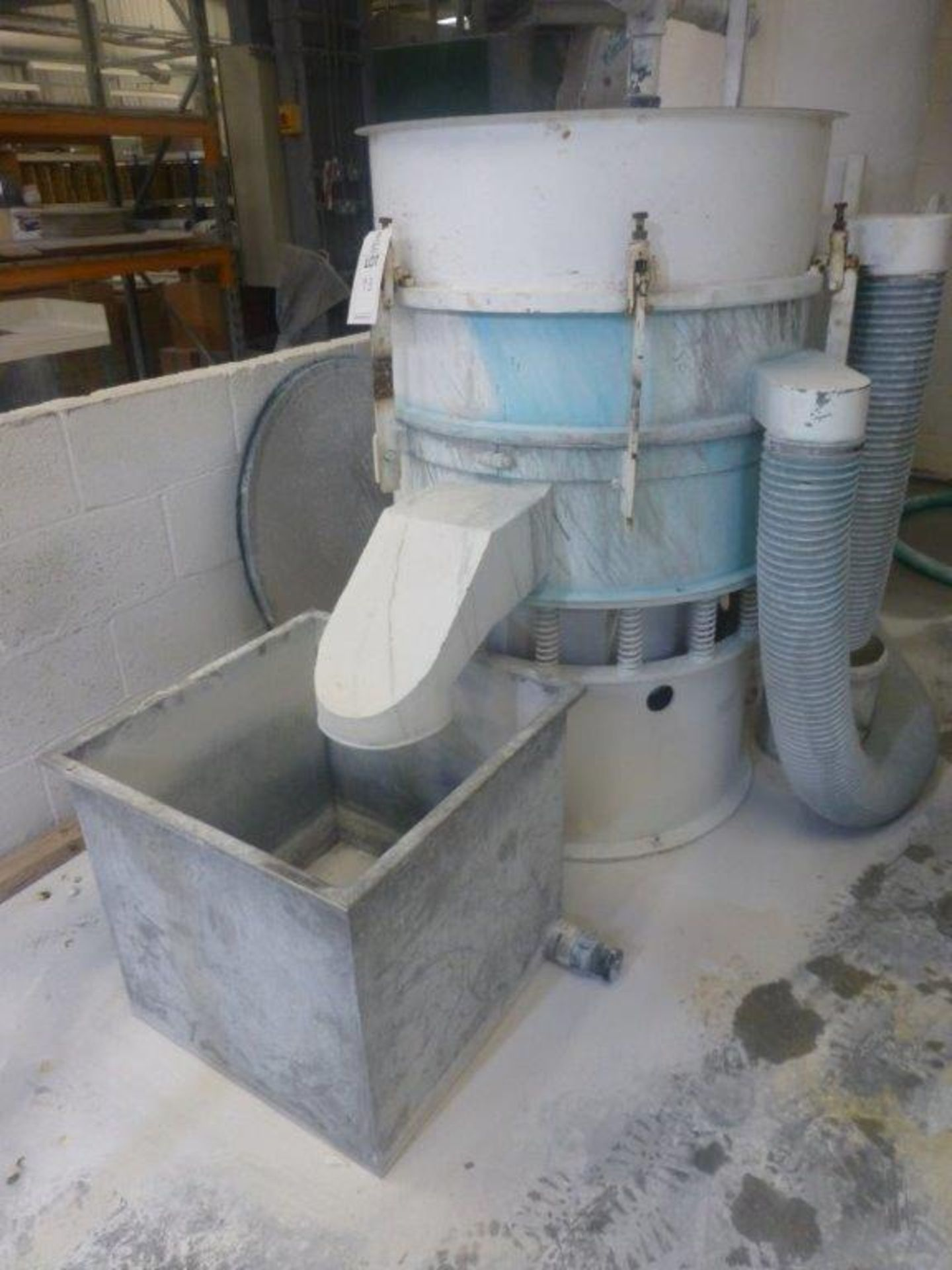 Lot 93 - 850mm diameter vibratory sieve with spare screen