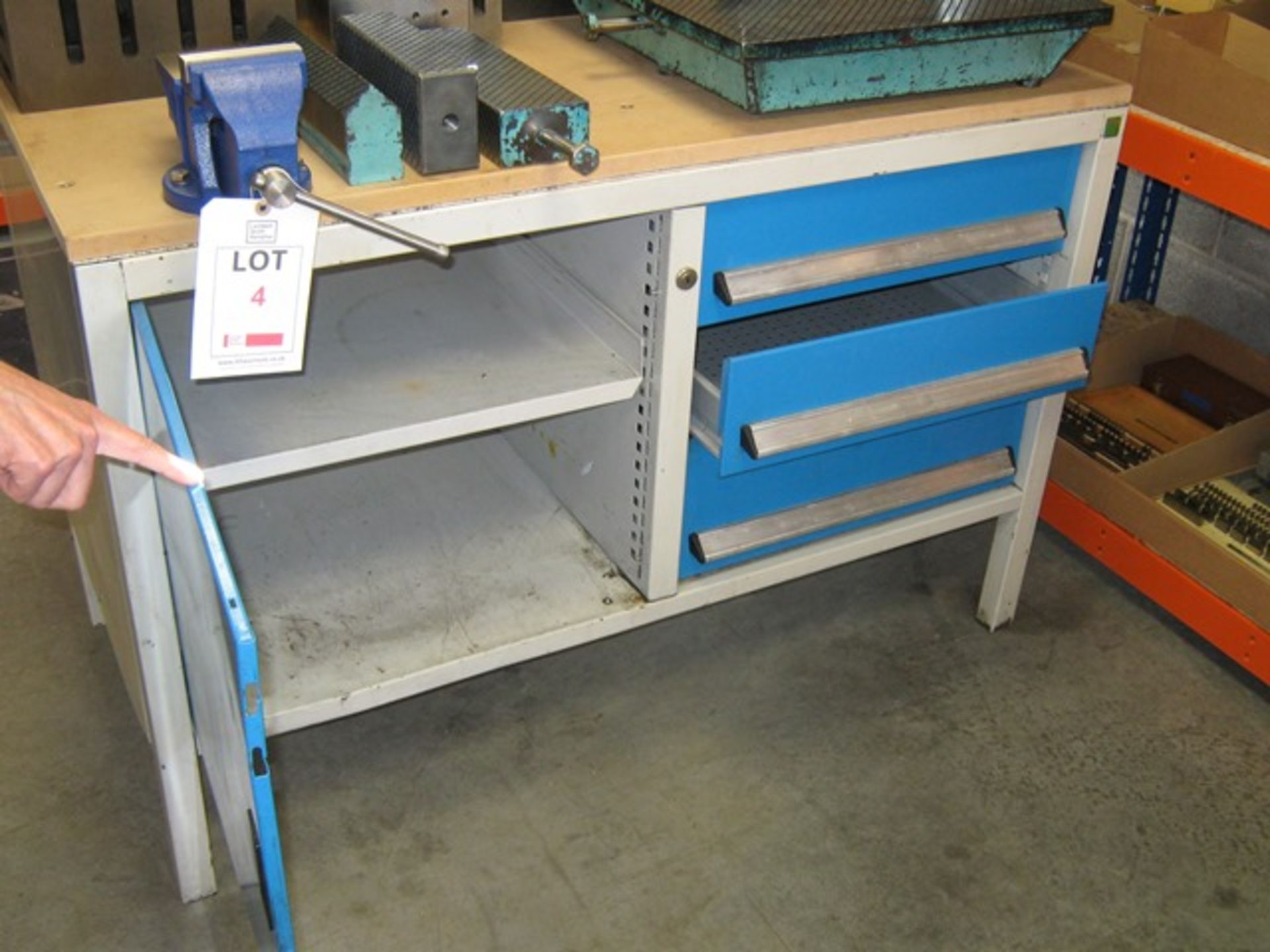 "Lot 4 - Bott work bench fitted with 4"" vice (48"" x 24"" x 30"" height)"