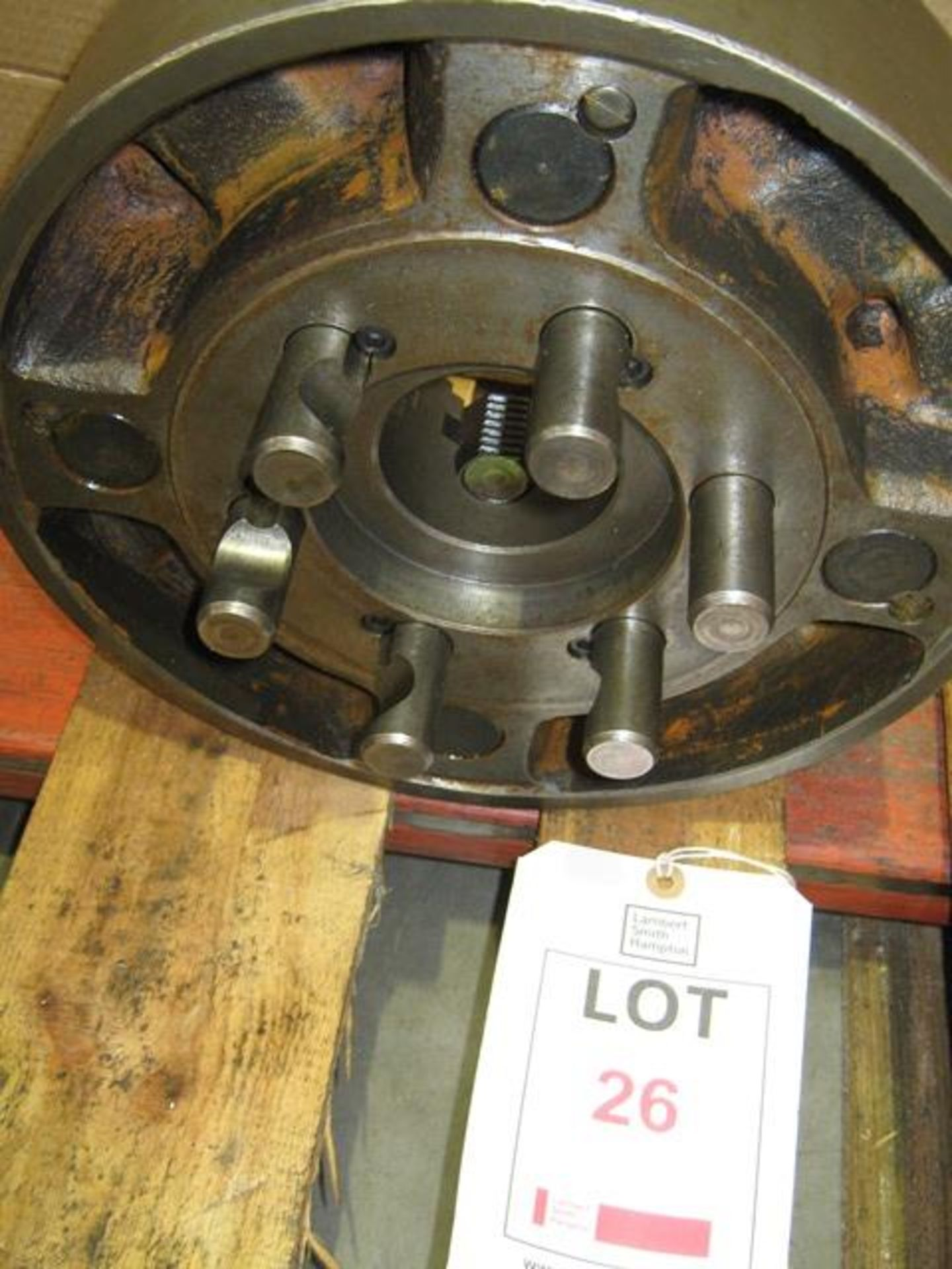 "Lot 26 - Colchester 4 jaw chuck, 12"" diameter D1-6"