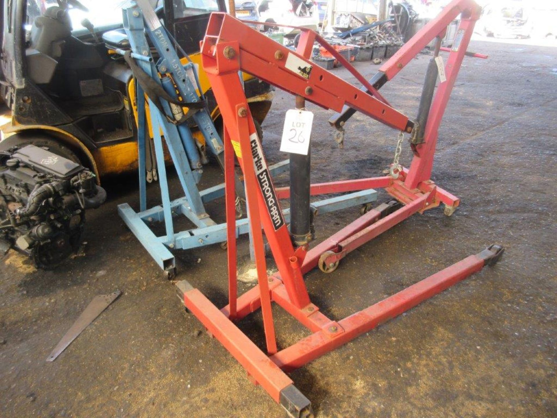 Lot 26 - Clarke Strong-Arm hydraulic engine hoist, (2014), capacity: 1000Kgs. Note this lot has no record