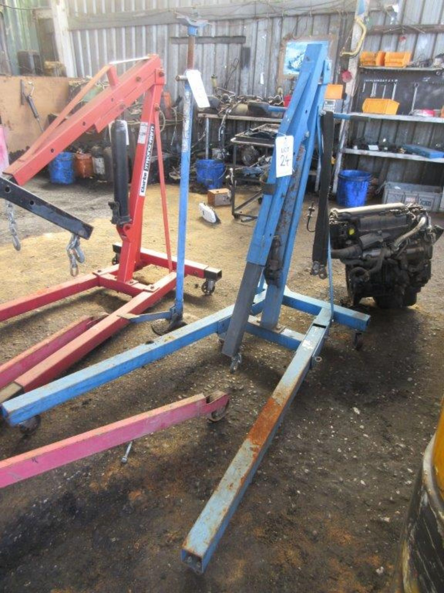 Lot 24 - Automech hydraulic engine hoist, capacity: 2000Kgs. Note this lot has no record of Thorough