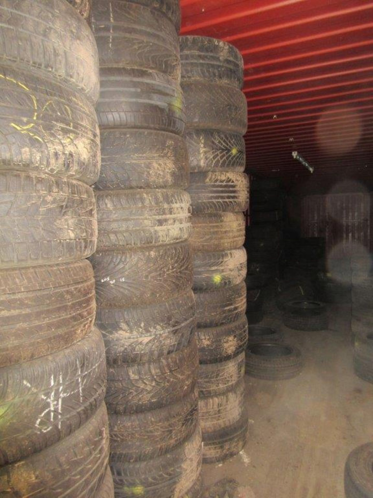 Lot 1 - Approx. 1000 plus part used vehicle tyres in fair to good condition. *NB: A work Method Statement