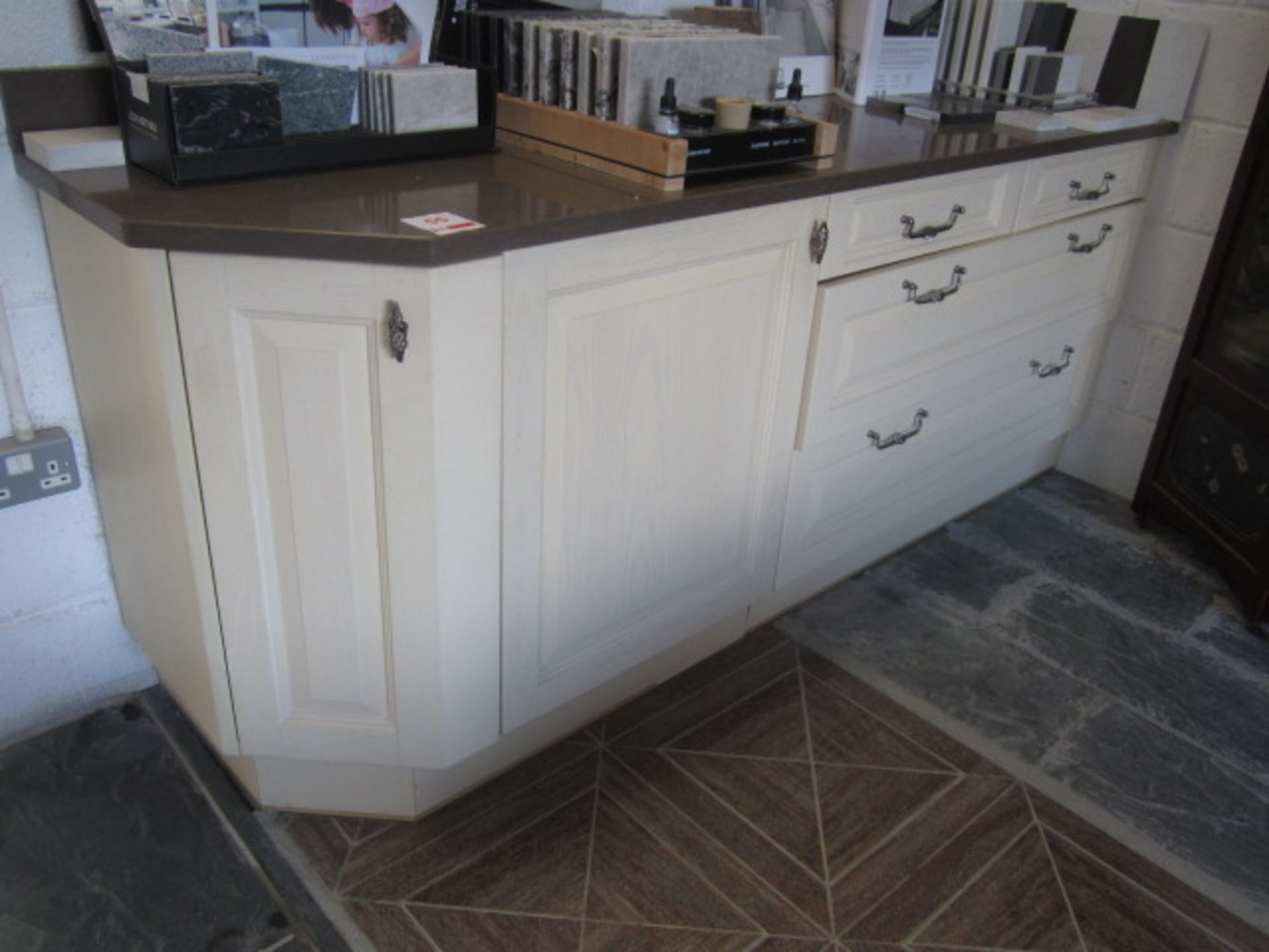 Lot 55 - Kitchen display comprising of 2 x pots & pan drawers, 2 x cutlery drawers, 1 x corner base unit, 1 x