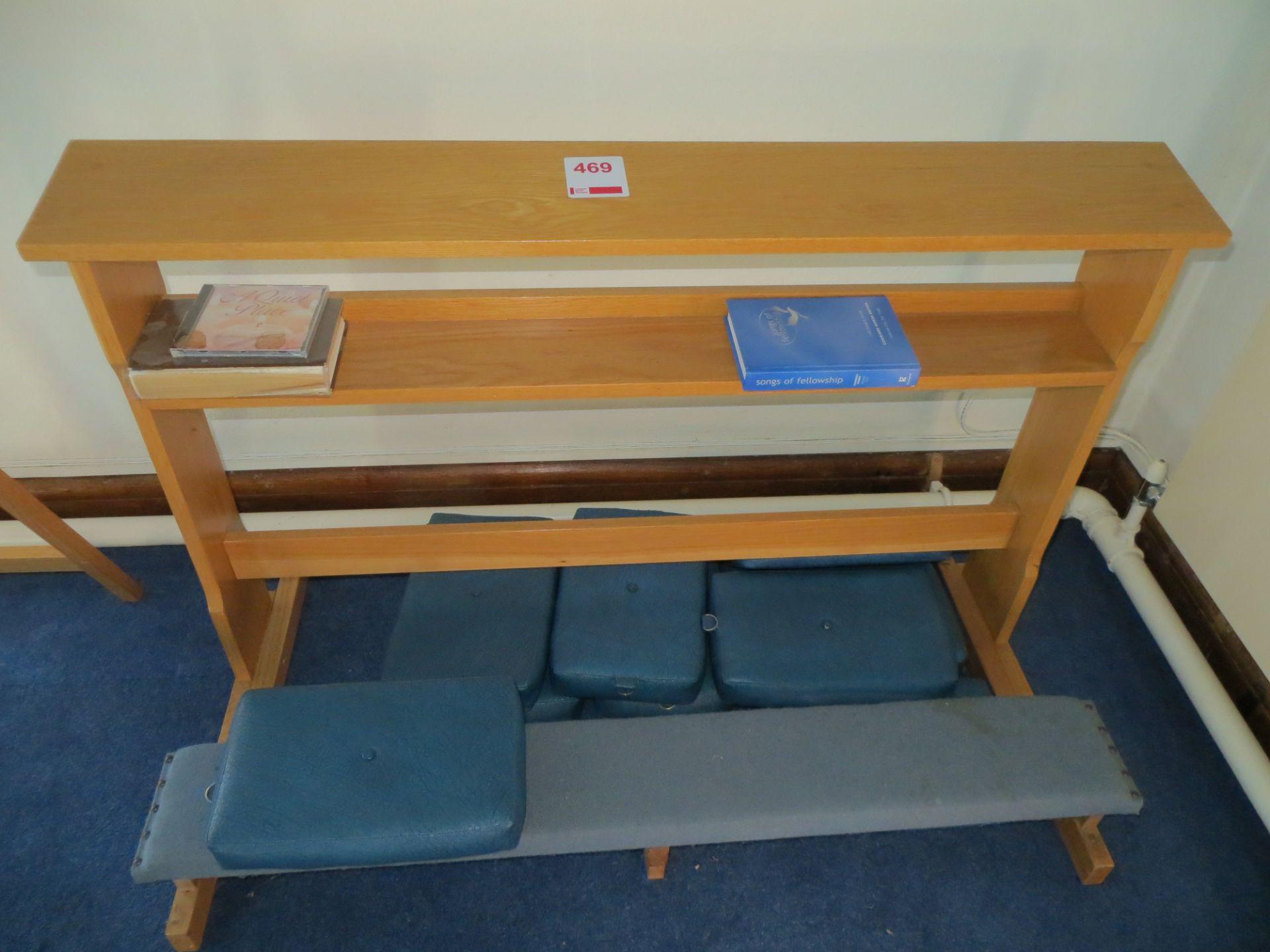 Lot 469 - Pray bench c/w 6 kneeling pads