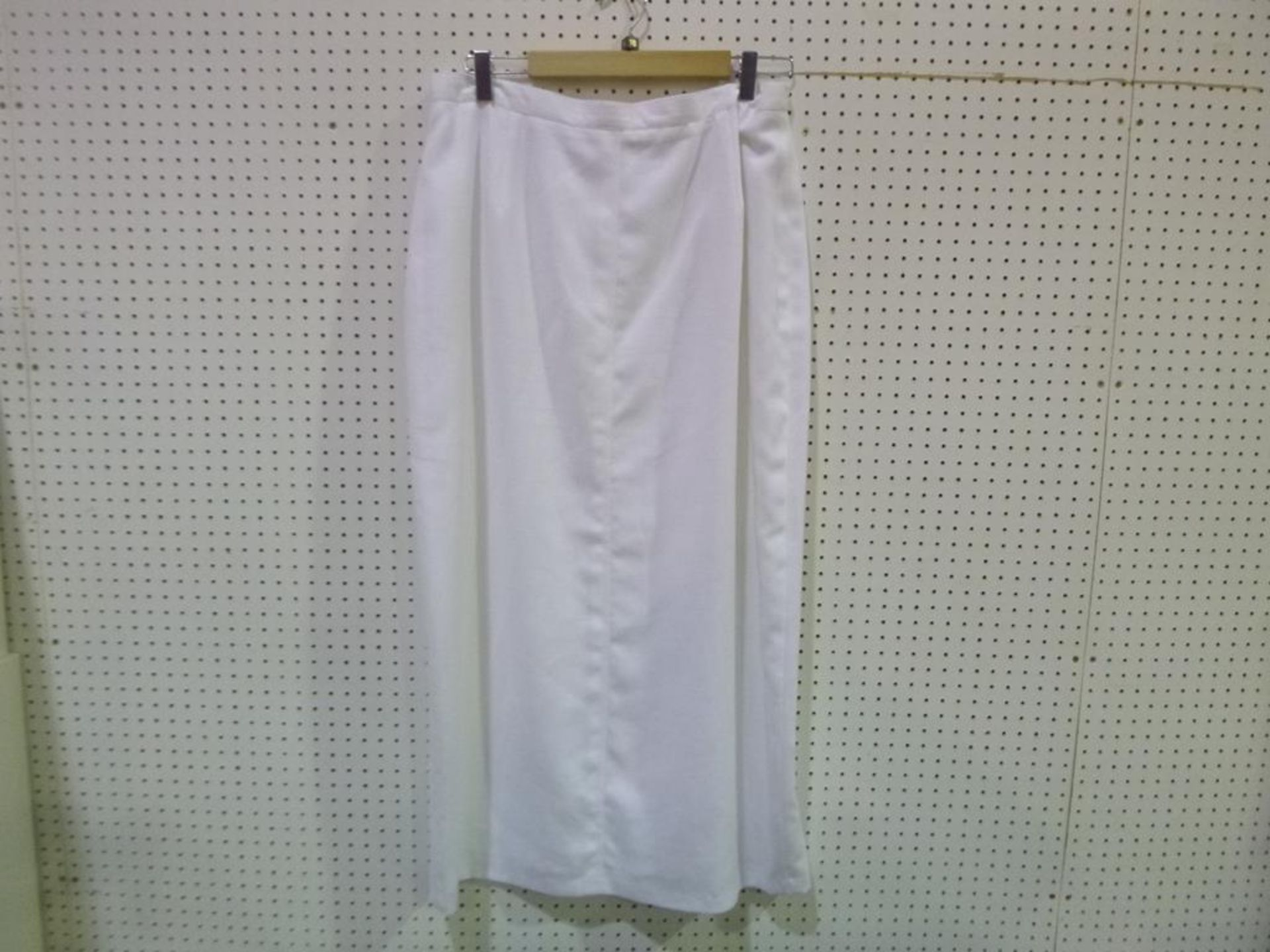 Lot 8051 - * A Total of Fifteen Ladies Garments to Include Examples by Verse, Gil Bret, Pola, Georgia Netti,