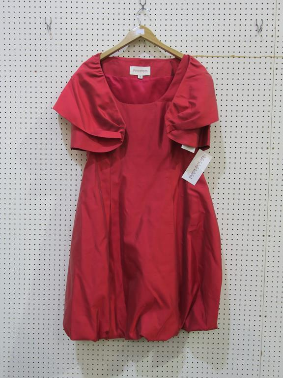 Lot 8048 - * A Ladies Gloria Estelles ''Barcelona'' Silk Garment (size 14, RRP £725). Please see photographs