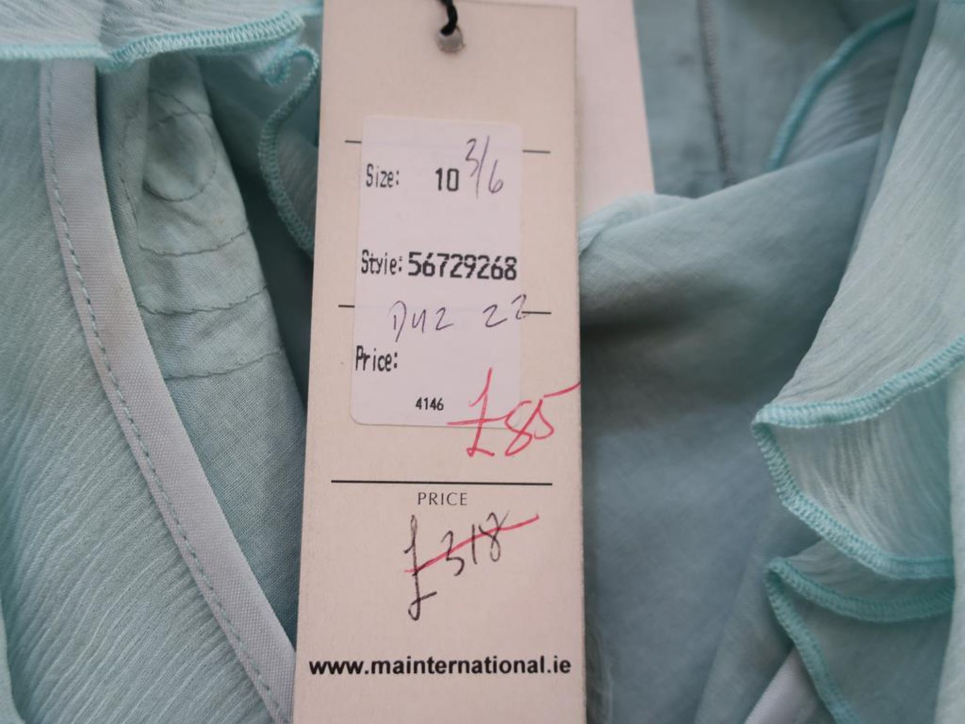 Lot 8011 - * A collection of five Ladies Garments. Names include Kate Cooper, Decisions, Lecomte, Apanage,
