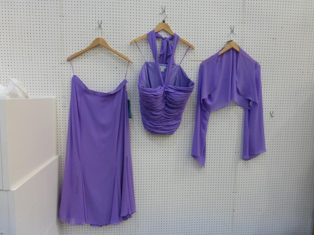 Lot 8057 - * Three Ladies Garments by Medici to include a size 20 (RRP £292), size 12 (RRP £292) and a size