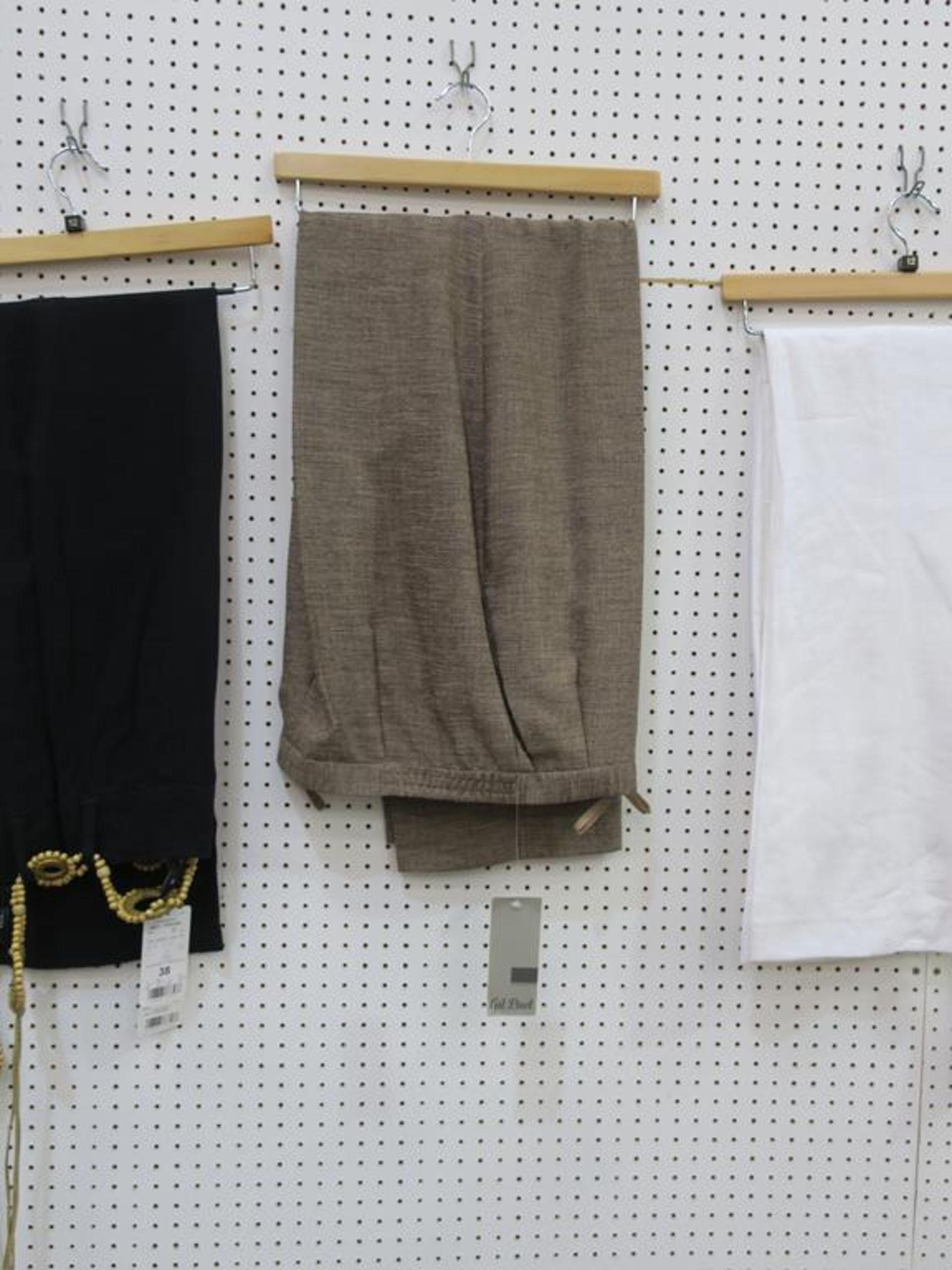 Lot 8032 - * Eight items of Ladies Garments to include those made by Gil Bret, Kate Cooper, Verse, in sizes