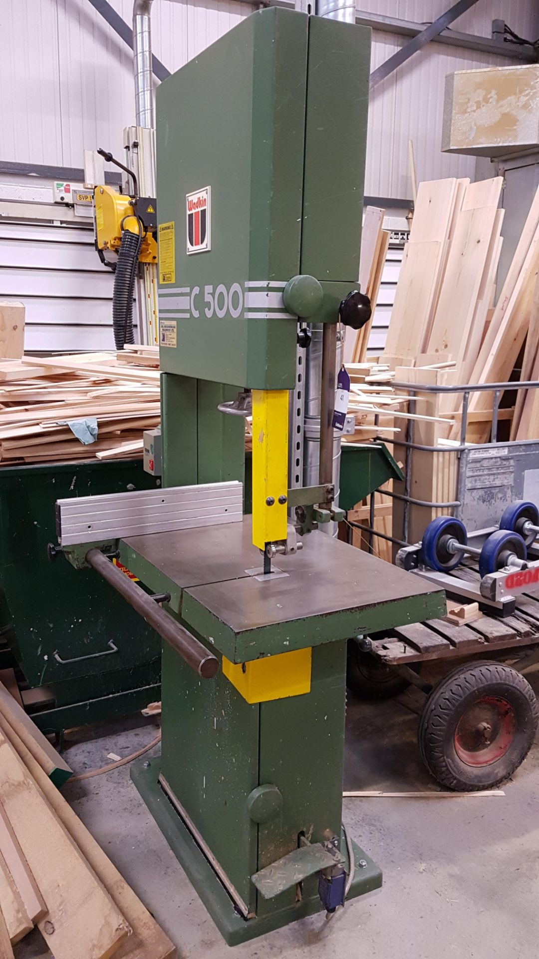 Lot 41 - * Wadkin C500 Vertical Bandsaw A Wadkin C500 Vertical Bandsaw Machine No:C5/89936. Please Note: