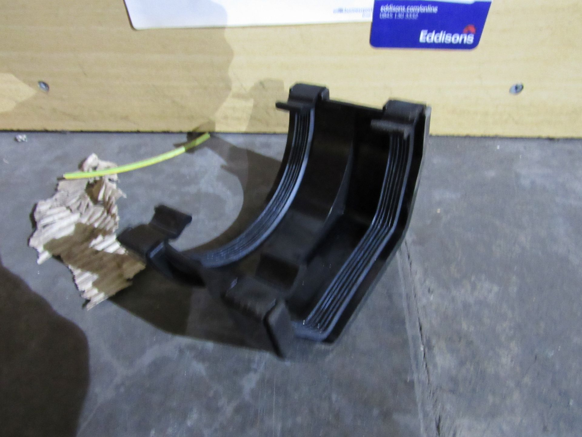 Lot 58 - 14 ADS1BL 112mm Square to Round Gutter Adaptor Black