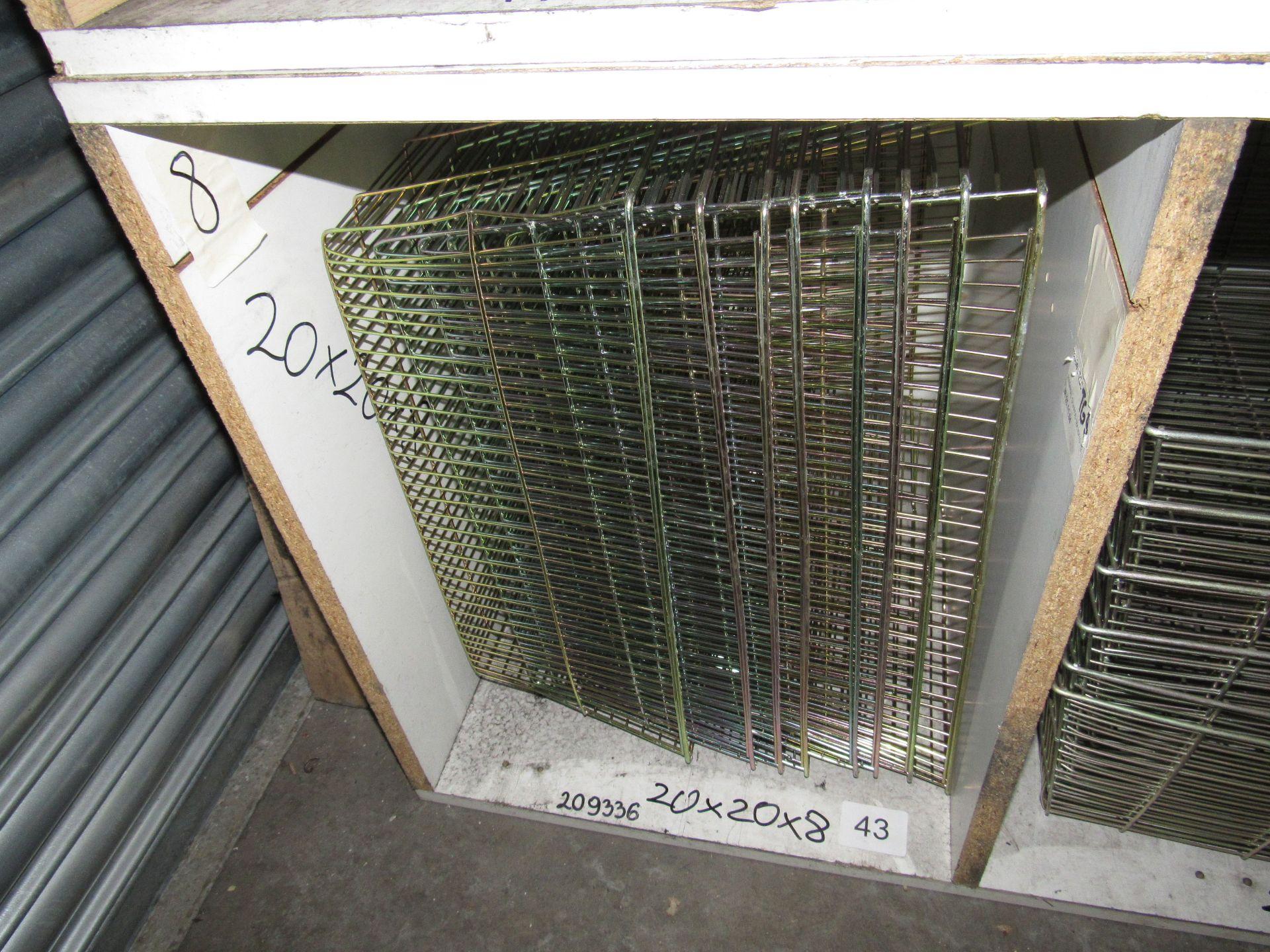 Lot 43 - 8 TG10 Terminal Guards 20x20x8 (12)