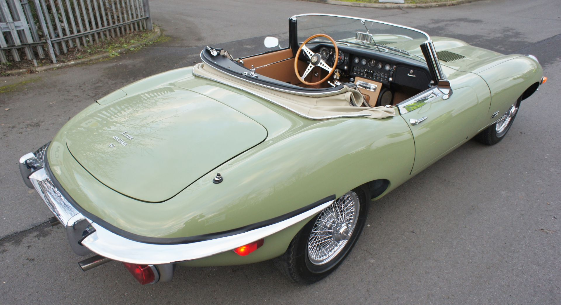 Lot 1 - 1970 JAGUAR E TYPE SERIES 2 OTS BARE METAL RESTORATION