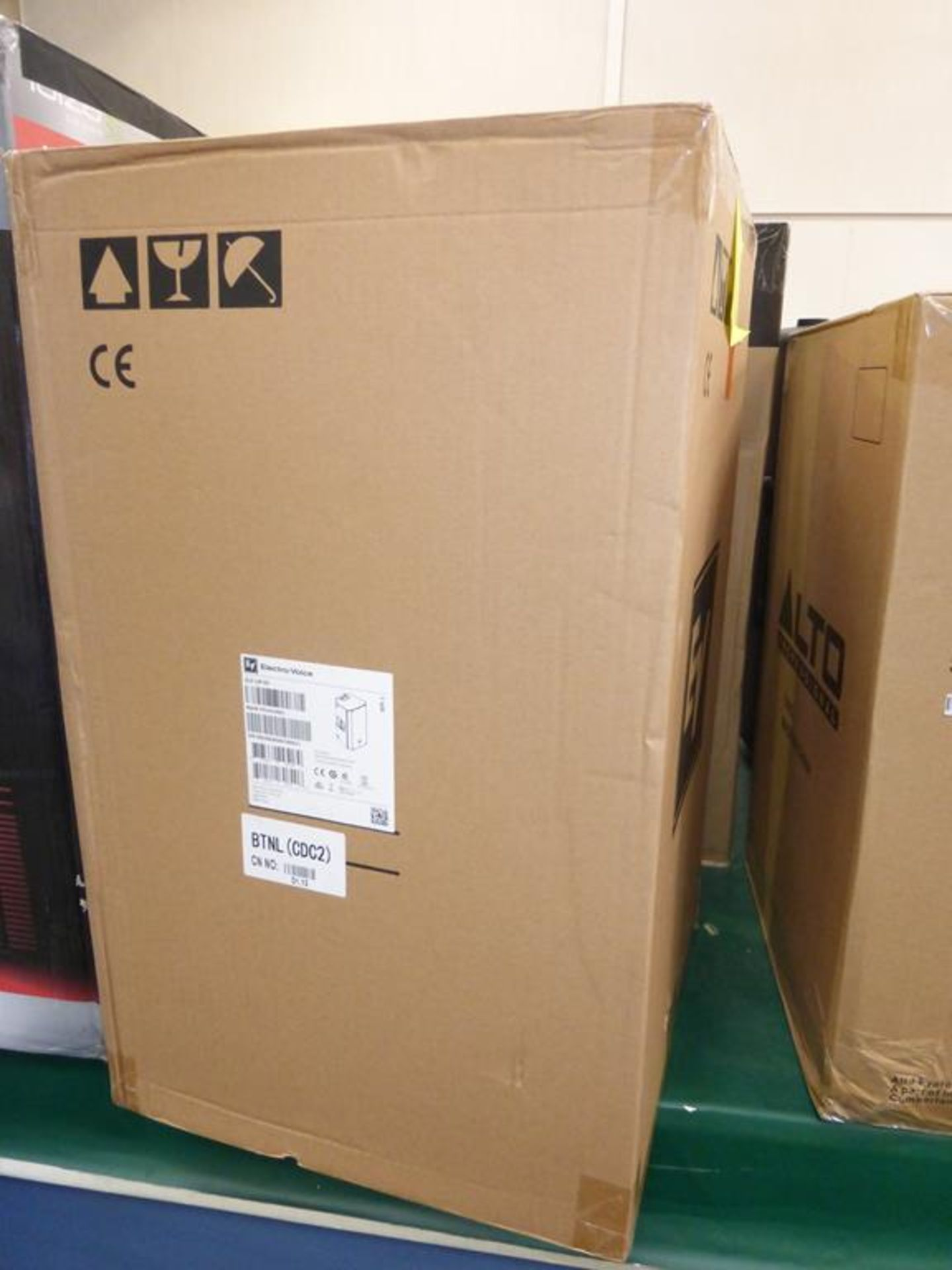Lot 14 - * Electro-Voice ZLX-12P 2-Way Active 1000W 12 '' Speaker, RRP £306