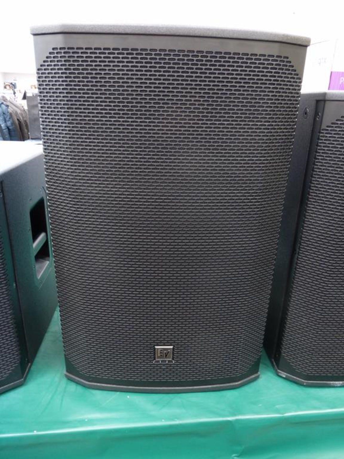 Lot 3 - * Electro-Voice EKX 15P Single 15'' Two-way powered Loudspeaker 90° x 60° Coverage pattern, s/n