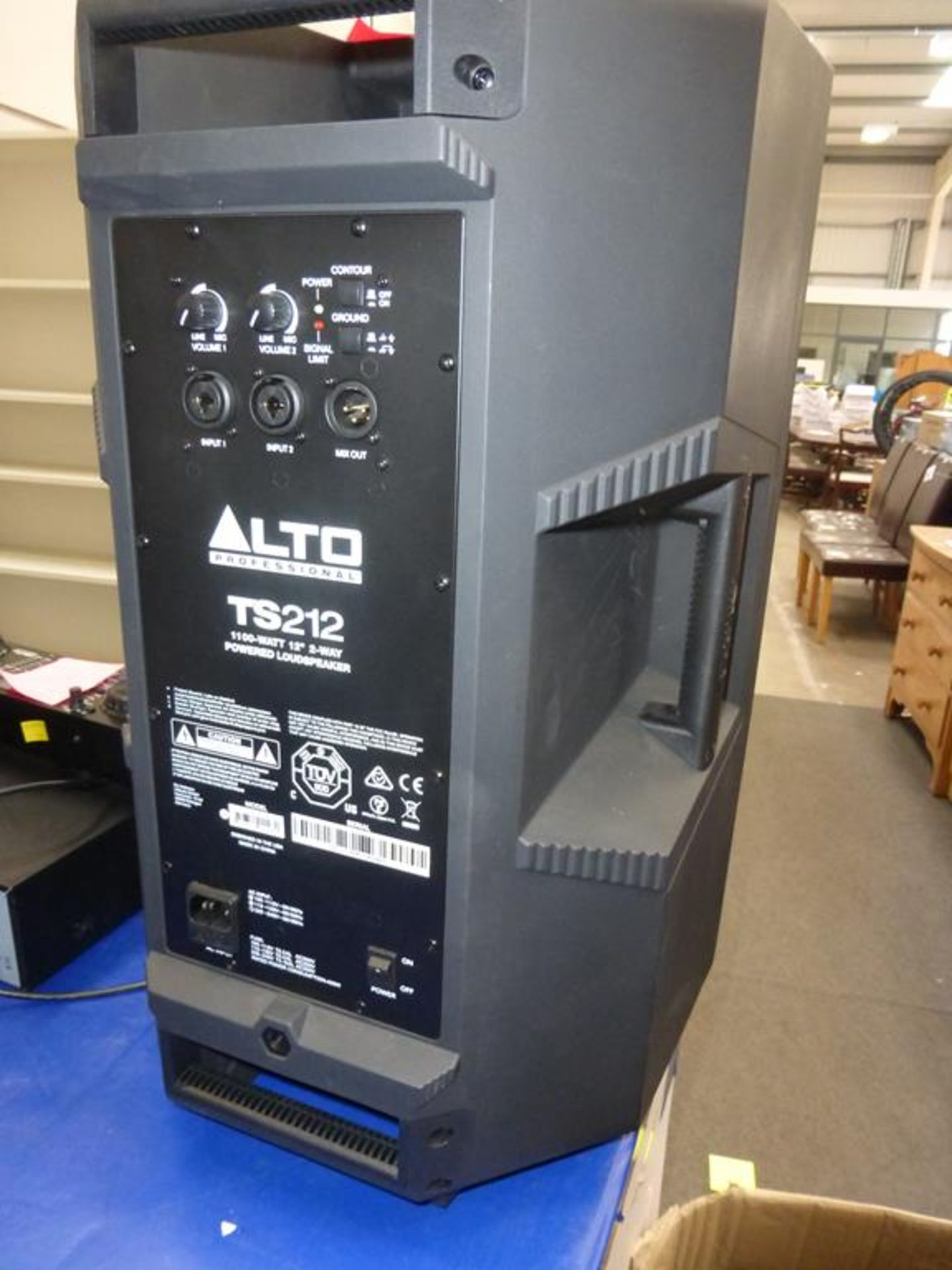 Lot 35 - * An Alto TS212 1100W 12'' 2 way powered Loudspeaker (RRP £260)